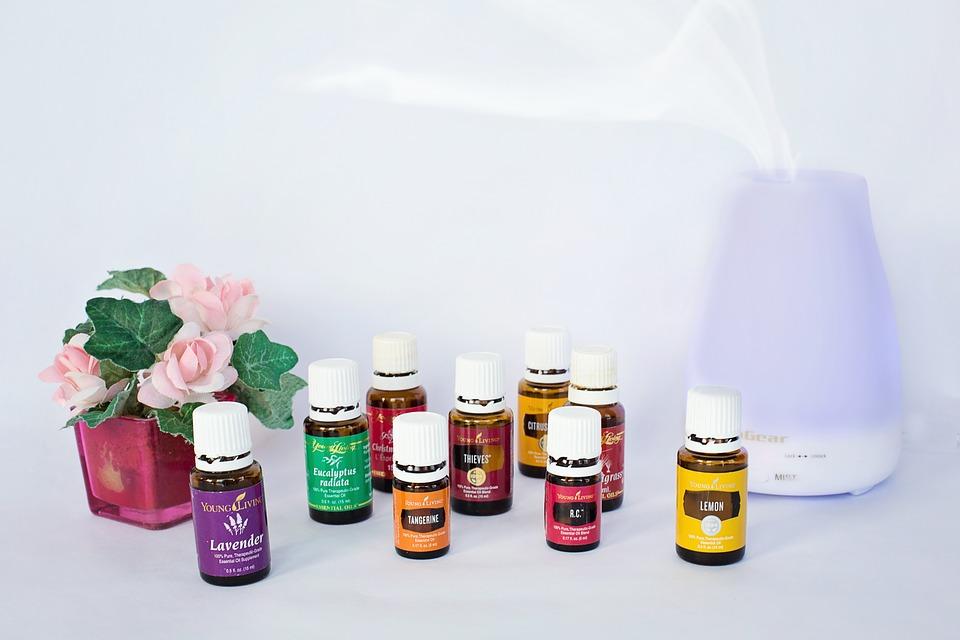 Top 4 des huiles essentielles à diffuser chez vous